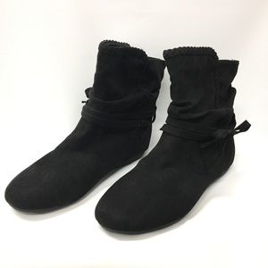 Report Elora Boot Size 8.5